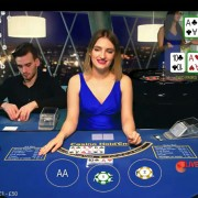Mobile live hold'em poker