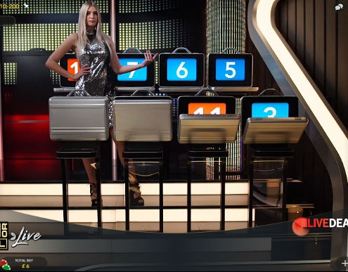 Deal or no Deal briefcases